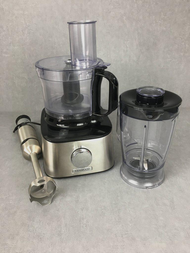 robot de cozinha e varinha mágica